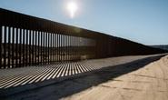 19 bang kiện Tổng thống Trump vì tiền xây tường biên giới