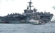 Cận cảnh tàu sân bay USS Theodore Roosevelt neo đậu vịnh Đà Nẵng