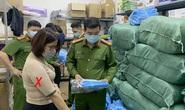 Khởi tố nữ phó giám đốc công ty làm giả hơn 1.200 bộ quần áo bảo hộ phòng dịch Covid-19