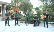 5 bộ đội trẻ ở Khánh Hòa gây sốt với bài hát phòng chống Covid-19