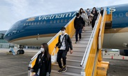 Cận cảnh đưa gần 300 người Việt từ Nhật Bản về nước
