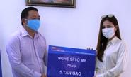 Ca sĩ Tố My và gia đình tặng 5 tấn gạo cho ATM thực phẩm miễn phí của Báo Người Lao Động