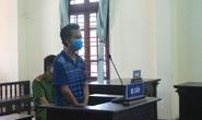 Phạt tù người đàn ông say xỉn đánh công an tuần tra phòng chống dịch Covid-19