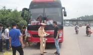 Bất chấp giãn cách phòng chống Covid-19, xe khách 46 chỗ nhồi nhét 80 người