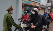 Cận cảnh Hà Nội kiểm tra, xử lý người ra đường không thuộc diện cho phép
