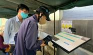 Bệnh viện Nguyễn Tri Phương áp dụng quét mã sàng lọc Covid -19