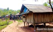 Quảng Bình: Sợ dịch, 20 người dân tộc Mày bỏ nhà vào rừng
