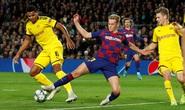 Super League lại ám sân cỏ châu Âu