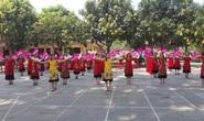 CLIP: Hàng ngàn người về làng Sen dịp kỉ niệm 130 năm ngày sinh Bác Hồ