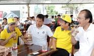 Bầu Thắng và câu chuyện công nhân uống cà phê, nuôi bóng đá trẻ Việt Nam