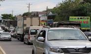 Du khách từ Đà Lạt về TP HCM mắc kẹt vì tai nạn giao thông