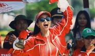 Hoa hậu H'hen Niê náo động chặng đua Cúp Truyền hình