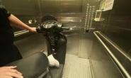 Bi hài chuyện phải mang xe máy lên căn hộ cao cấp vì sợ mất trộm