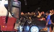 Ôtô 4 chỗ đấu đầu kinh hoàng với xe khách ở Sầm Sơn, tài xế tử vong thương tâm