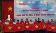 Một triệu lá cờ Tổ quốc cùng ngư dân bám biển: Xúc động buổi trao cờ giữa biển khơi