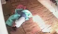 Cô gái 19 tuổi ở tịnh thất bị hãm hiếp, lấy tài sản