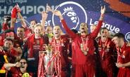 Vùi dập Chelsea, Liverpool tưng bừng nâng cúp vô địch ở Anfield