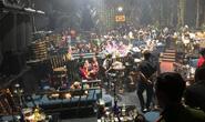 CLIP: Hàng chục người thác loạn ở quán bar quận Bình Tân, TP HCM