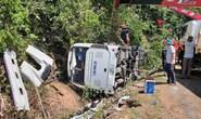 Lật xe, ít nhất 15 người chết, 21 người bị thương