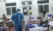 Xúc động clip một Bác sĩ Bệnh viện C hát cùng bệnh nhân trong khu cách ly