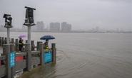 Sông Trung Quốc vượt mức cảnh báo, Nhật chạy đua với thời gian