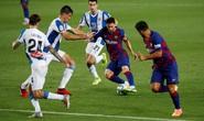 Thần đồng nhận thẻ đỏ, Barcelona thắng chật vật derby Catalan