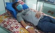 Bác sĩ, điều dưỡng bị 7 người đi cùng bệnh nhân tấn công