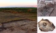 Bí ẩn người than ngồi bó gối trong mộ cổ 9.000 năm tuổi