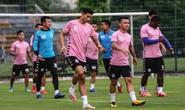 Văn Hậu vui tươi, đầy năng lượng trở lại tập luyện cùng CLB Hà Nội