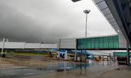 Hủy hàng chục chuyến bay do bão số 2