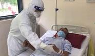 Ở nơi giành giật sự sống cho bệnh nhân Covid-19