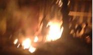 Nghi án chồng đốt vợ cháy như ngọn đuốc