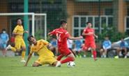 U22 Việt Nam đá tập với Viettel