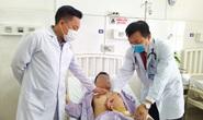 Ca mổ xuyên đêm cứu chàng trai vỡ tim chỉ với vết xước trên ngực