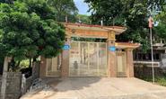 Vụ học sinh tử vong trước cổng trường: Bức tường bất ngờ đổ sập