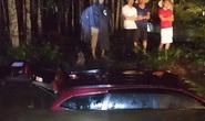2 mẹ con thoát chết trong ôtô bị nước cuốn ở Đồng Nai