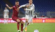 Ronaldo lập cú đúp giúp Juventus thoát thua