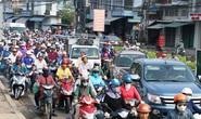 Kiểm soát giao thông khó khăn vì... nhiều xe máy!