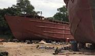 Sau tiếng nổ lớn tại xưởng đóng tàu, thi thể 1 người văng 20m