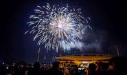 CLIP: Màn pháo hoa rực rỡ, lung linh đón chào năm mới 2021 ở Hà Nội