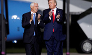 Ông Trump bí mật gặp thuộc cấp Mike Pence bàn chuyện phế truất