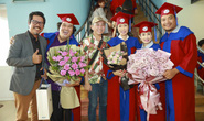 NSƯT Trịnh Kim Chi hạnh phúc khi nhận bằng tốt nghiệp đạo diễn điện ảnh truyền hình