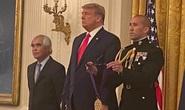 Nhiếp ảnh gia Nick Út được Tổng thống Trump tặng Huân chương Nghệ thuật
