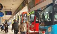 Vé xe dịp Tết: Nhà xe hét giá cắt cổ, khách vẫn liều mua
