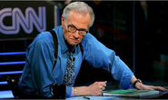 MC nổi tiếng Larry King qua đời ở tuổi 87