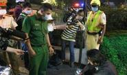 Buồn chuyện tình cảm, người đàn ông lao xe máy vào CSGT… tìm cái chết