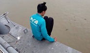Thua chứng khoán, thanh niên định nhảy cầu Cần Thơ tự tử