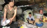 Gặp đôi vợ chồng nhặt ve chai trả lại tiền tỉ cho người đánh rơi