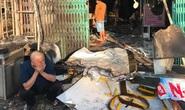 Cháy nhà sáng mùng 4 Tết, cảnh sát phá cửa cứu 6 người thoát nạn