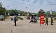 Nhiều nơi ở Bắc Giang lập chốt chặn, ngăn người từ Hải Dương vào địa bàn